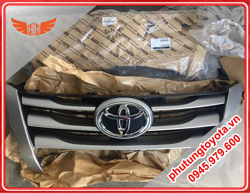 Mặt galang Fortuner 2017